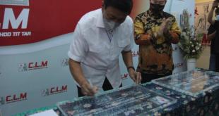 Dr. H. Wiranto, SH., SIP meresmikan Gerai CLM di Kelapa Gading, Jakarta Utara (ist)