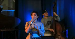 """Penampilan musisi jazz yang disiapkan untuk acara """"Jazz at The Gallery"""" virtual yang didukung oleh Kementerian Pariwisata dan Ekonomi Kreatif di Pasar Seni Ancol. (dok.antara)"""