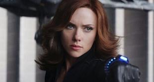 "carlett Johansson sebagai Natasha Romanoff/Black Widow dalam ""Black Widow"" (2021). (INDOPOSONLINE.NET/Disney, Marvel Studios)"