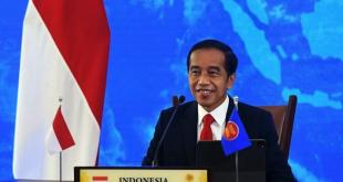 Presiden Joko Widodo saat menyampaikan pidatonya dari Istana Kepresidenan Bogor, Jawa Barat, pada Konferensi Tingkat Tinggi (KTT) ASEAN ke-38 yang digelar secara virtual, Selasa (26/10/2021).